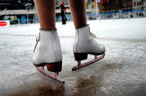 Patinaje en la pista de hielo de Lobete. Temporada 2015-16