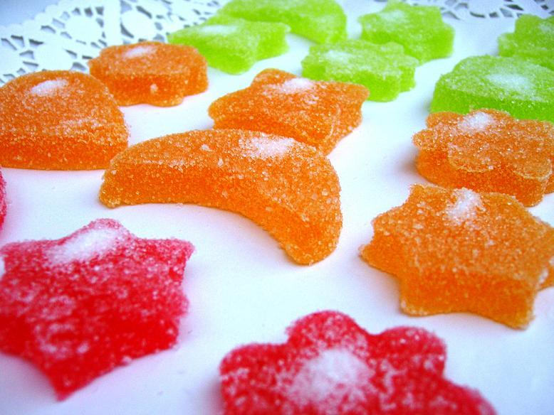 Agua, gelatina y azúcar… ¡Chuches caseras!