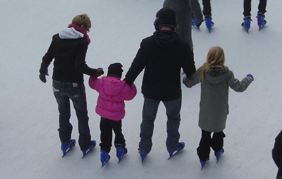 Patinaje en la pista de hielo de Lobete