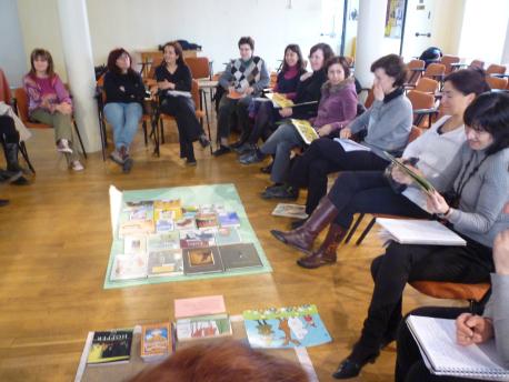 Club de lectura en el Ateneo