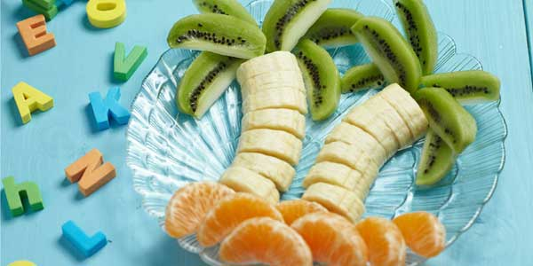 palmera-de-frutas-desayunos-para-ninos