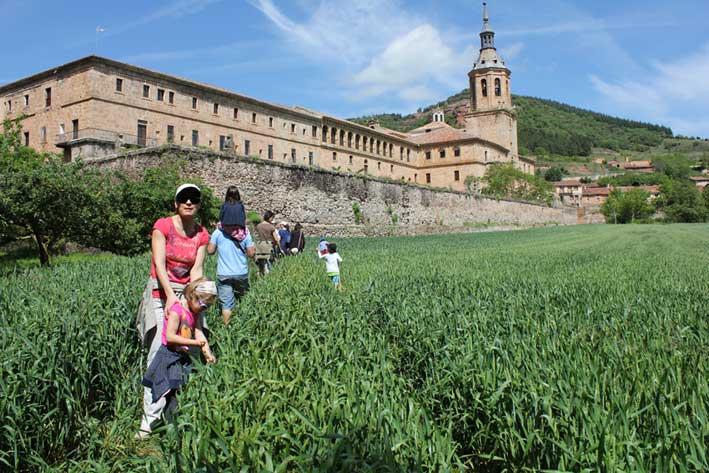 Conoce los monasterios riojanos con los niños