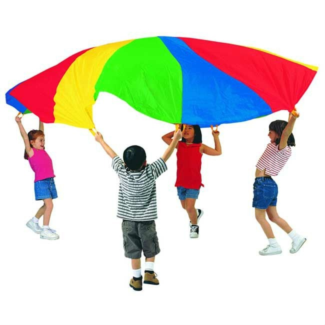Juegos cooperativos con paracaídas