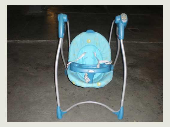 Se vende: columpio de bebé