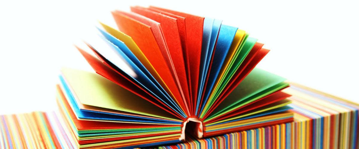 Cuentacuentos y manualidades en la biblioteca