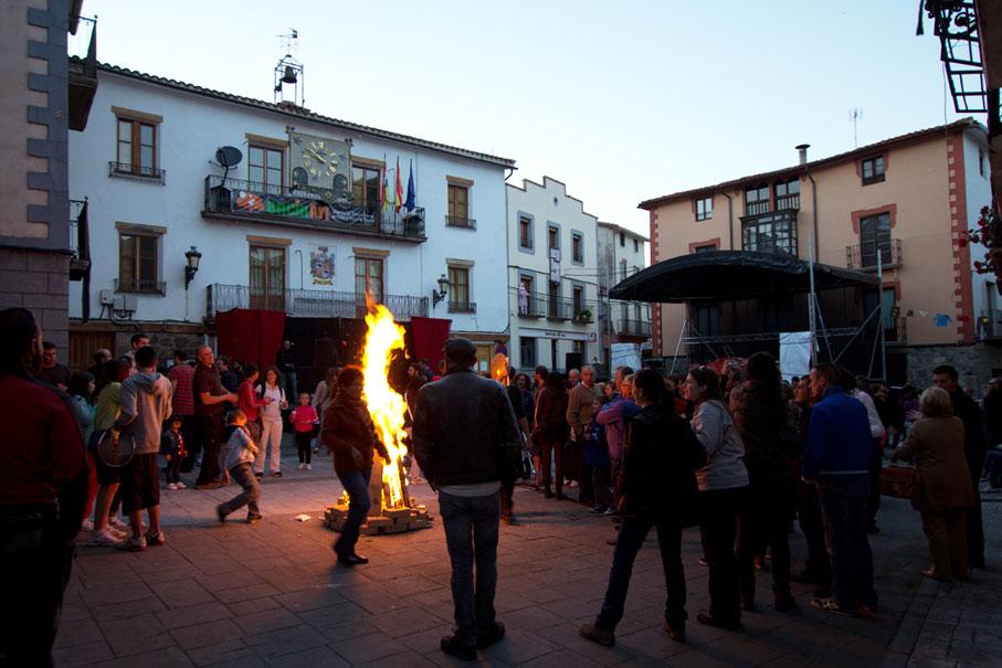 Teatro y arte de calle y patio en EncinArt