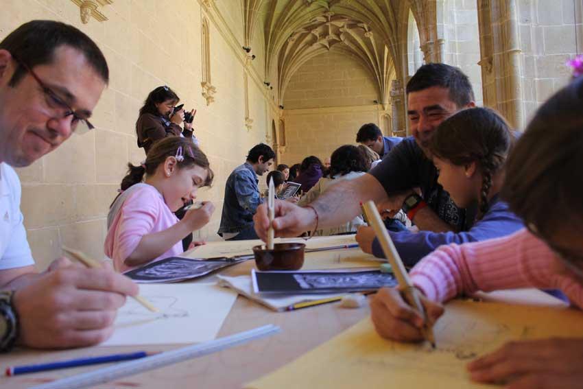 Viaja gratis a Madrid y participa en los talleres de Emilianensis