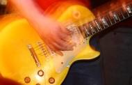 Ludoteca musical y curso de guitarra en verano
