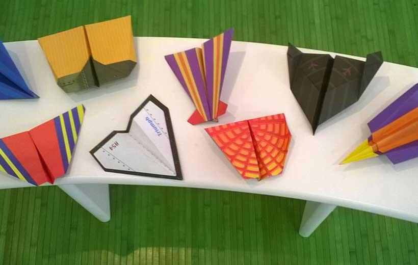 Concurso y taller de aviones de papel