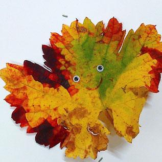 pintar-sobre-hojas