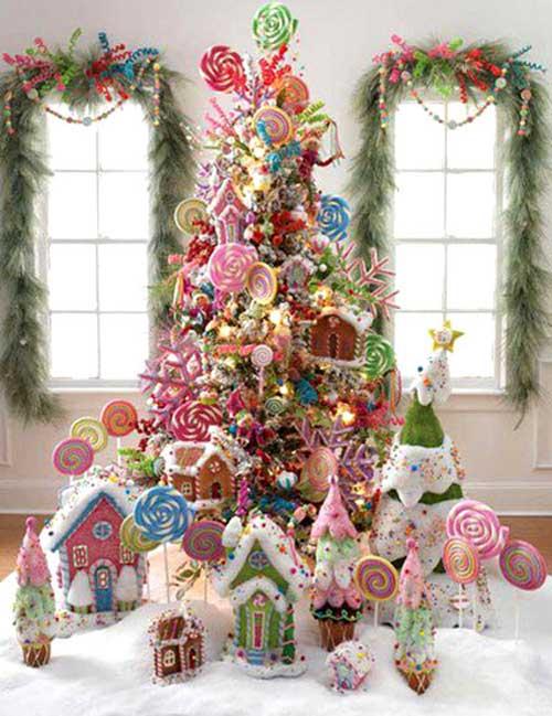 Arbol-de-navidad-decorado-con-chuches