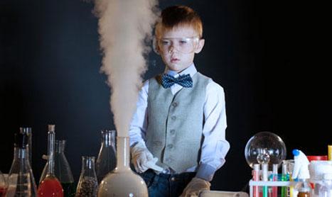 Talleres de ciencia y experimentos en Semana Santa