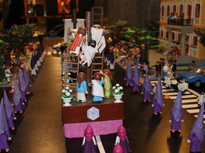 Exposición con muñecos Playmobil