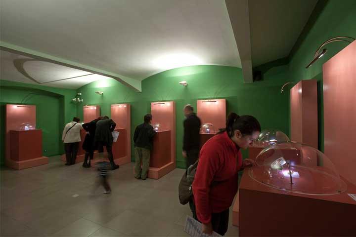 Micromundi.-Museo-Miniaturas-y-Microminiaturas-de-Besalu