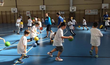 Iniciación al baloncesto con el Club Baloncesto Clavijo