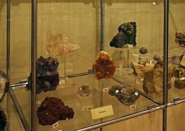 Exposición de minerales en Arnedo