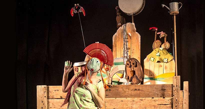 Teatro infantil al aire libre en los jardines de la Bene