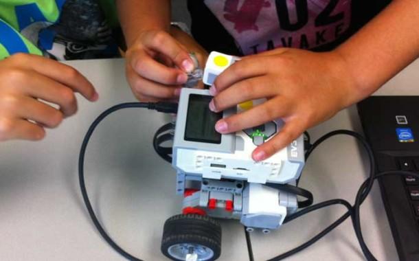 Programa videojuegos y crea tus robots en las extraescolares de iSchool
