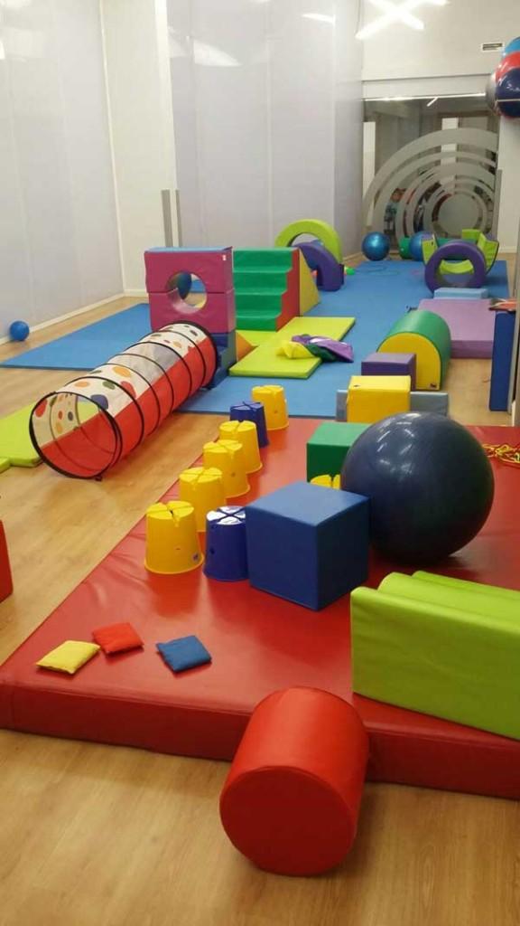 Minigym el primer gimnasio para ni os en logro o for Para gimnasio