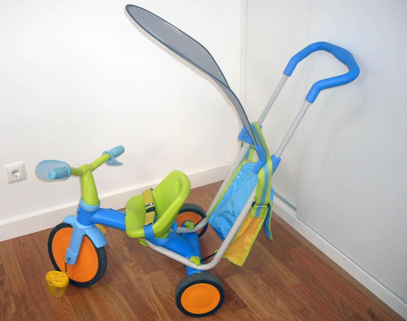 Se vende: triciclo y caballito balancín