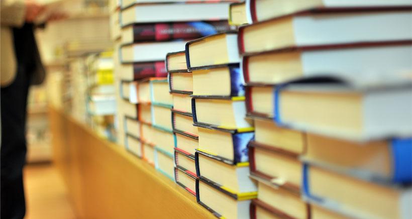 Libros de texto por 50 € en el colegio de Fuenmayor