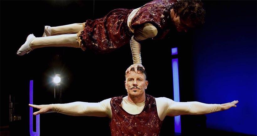 Los artistas del Gran Circo Mundial imparten clases gratuitas