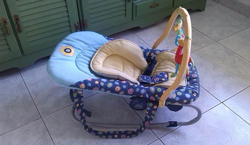 Se vende: hamaca de bebé