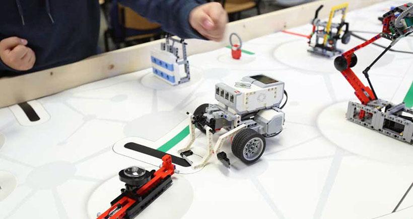 Robots exploradores en el Palacio de los Deportes