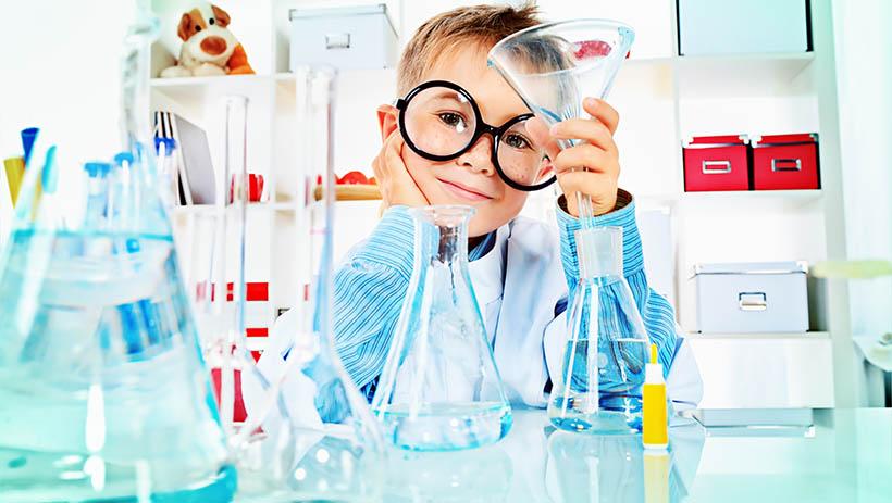 Taller de experimentos increíbles en la Casa de las Ciencias