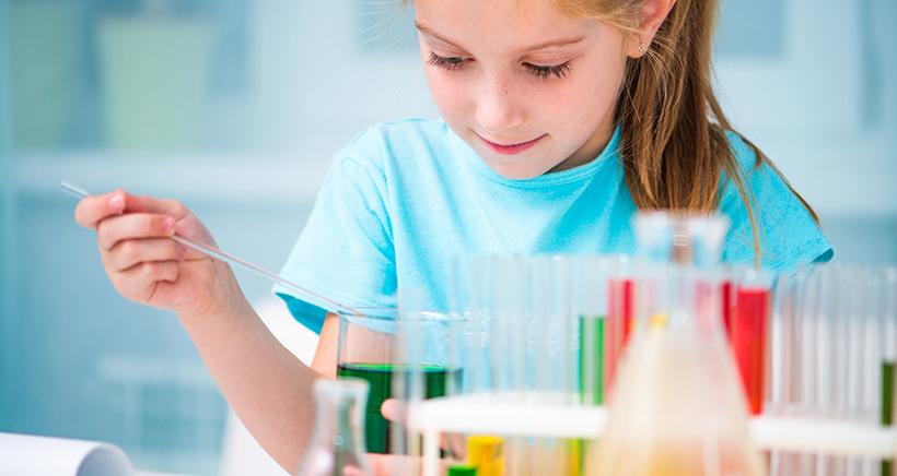 Talleres gratuitos para pequeños científicos