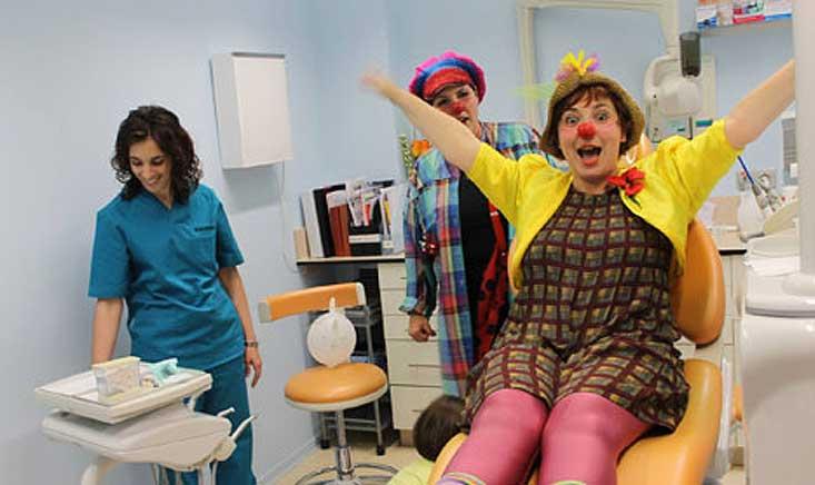 Espectáculo de clown para decir adiós al miedo al dentista