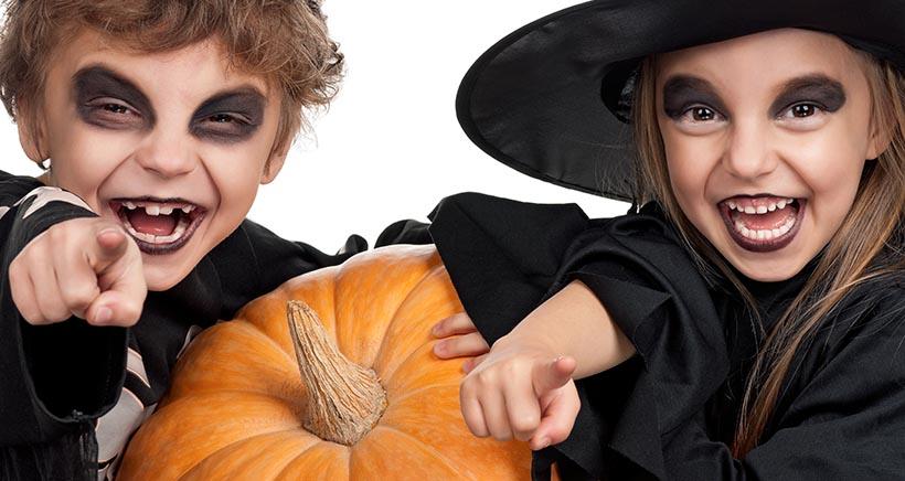 Fiesta de disfraces de Halloween en Abracadabra