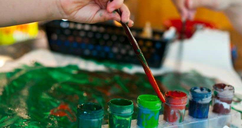 Taller bilingüe para bebés y niños: 'Natural paints for children'