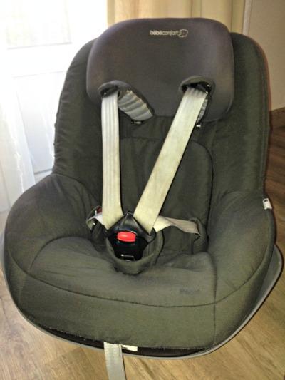 Base isofix de segunda mano y dos sillas grupo 0 y grupo for Silla coche segunda mano