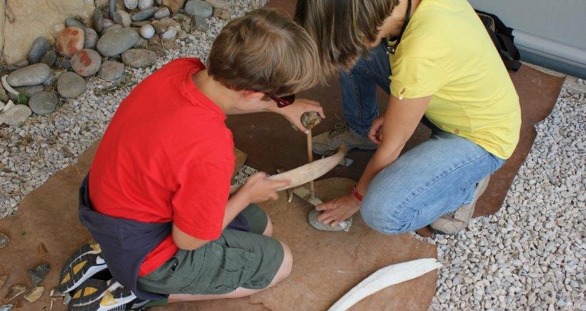 Taller de arqueología en el Monasterio de Suso