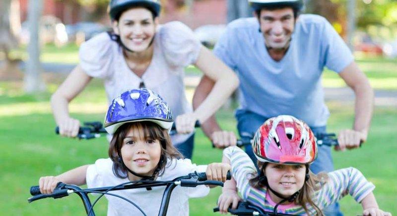 Aprende a circular seguro con el curso de 'Bici en familia'