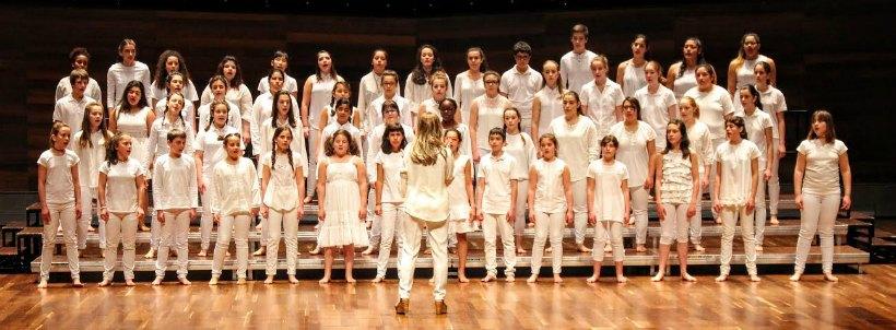 El Coro Juvenil de La Rioja canta por ARPANIH