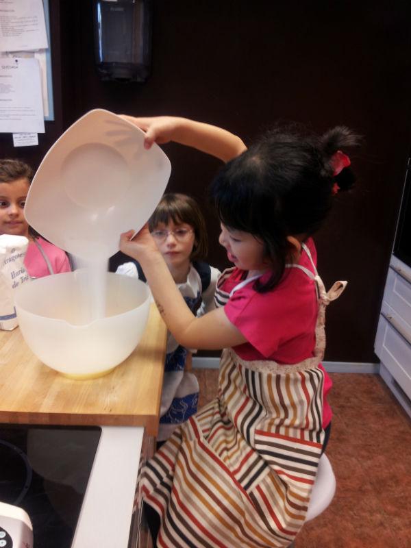 Cumplea os para ni os en la cocina escuela de mayte for Cumpleanos cocina para ninos