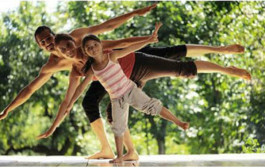 Talleres de yoga al aire libre en el Parque de La Ribera