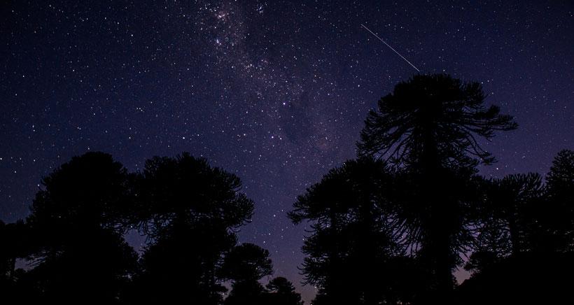 Aprende a observar las estrellas con tus hijos y disfrutar de las noches de verano
