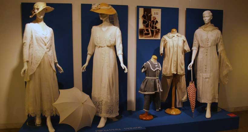 ¿Cómo vivían y vestían nuestras bisabuelas? Exposición 'Mujeres en el cambio de siglo'