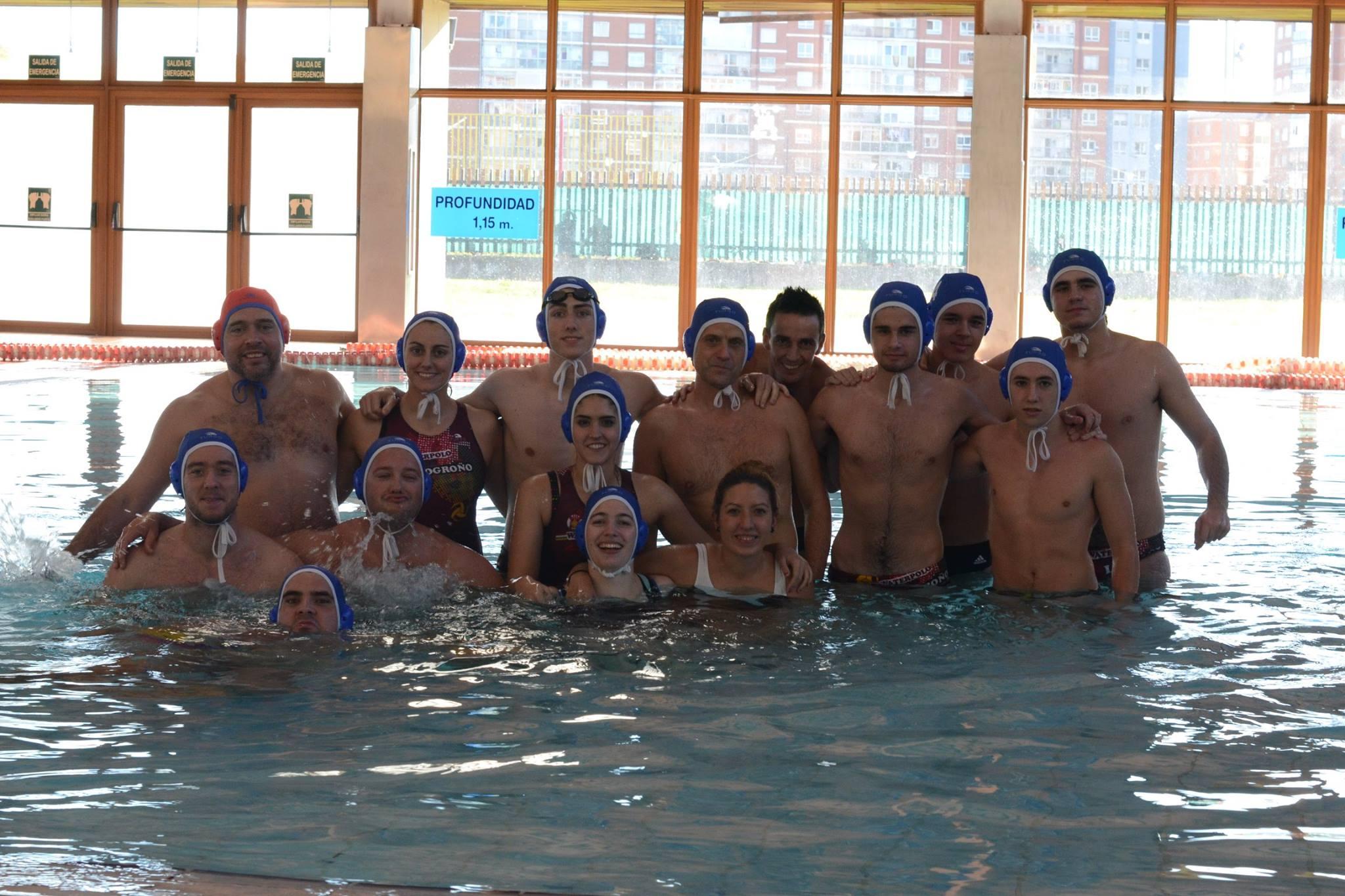 150 deportistas se darán cita en Las Norias en el II Torneo de Waterpolo Ciudad de Logroño