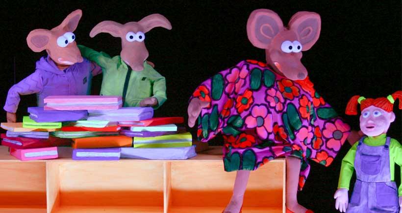Teatro para niños con luz negra, Festival de Marionetas en Calahorra