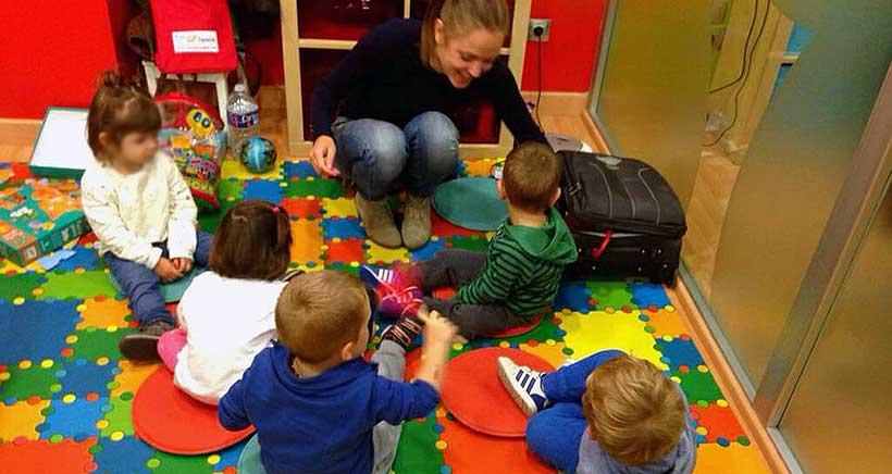 Los viernes, talleres 100% en inglés para niños +3 años, en FunSpace