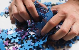 Actividades para niños en Navidad en Las Cañas: puzzles y sorteo de regalos