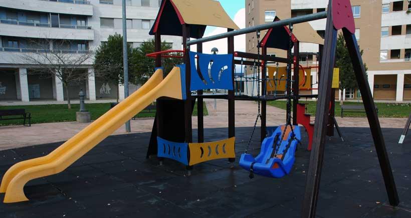 Logroño instala más columpios para niños con discapacidad