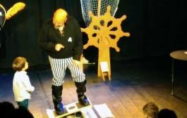 Actuación de magia y cuentos en Chiquicirco