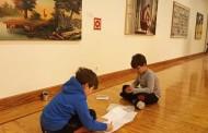 Arte contemporáneo con niños: exposición del 10º Certamen Nacional de Pintura del Parlamento