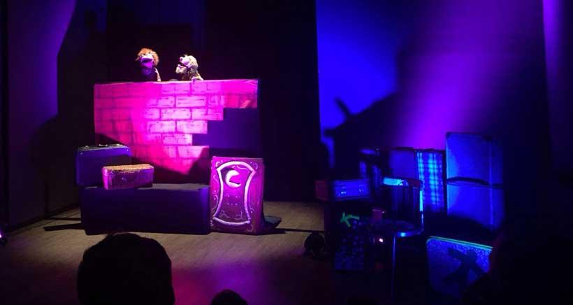 Teatro para animarles a leer, este domingo en la Sala Negra