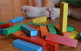 Taller de juegos para familias con bebés
